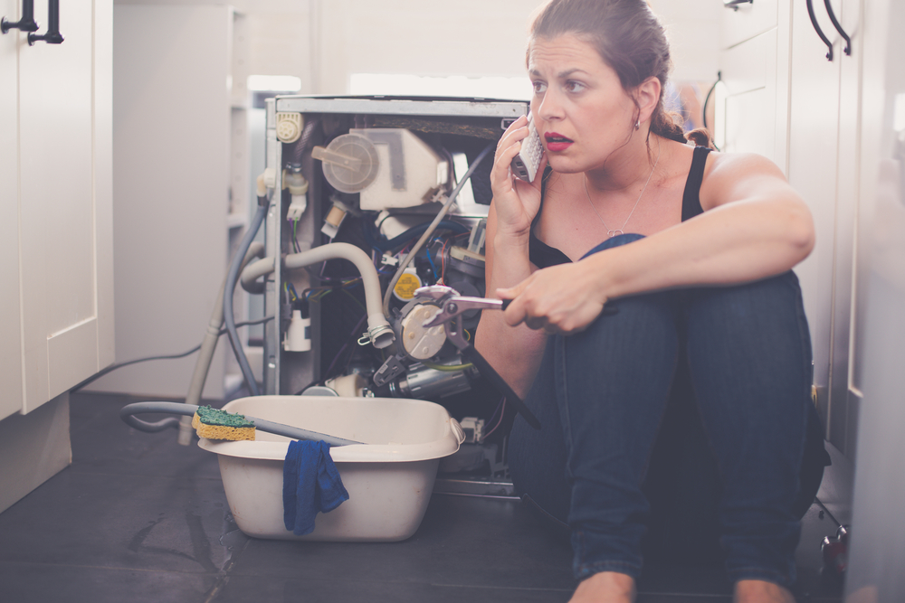 4 Reasons to Have an Emergency Plumber in Your Contacts